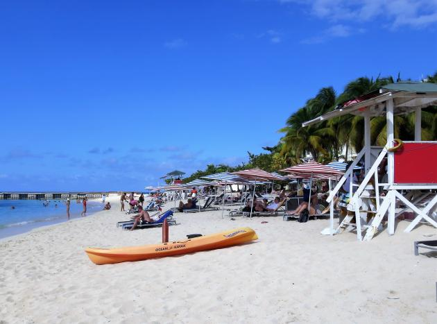Doctor's Cave Beach on Bottom Road in Montego Bay, St James