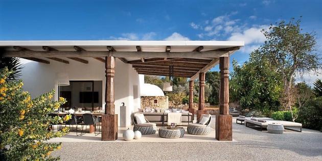 Ibizan villa in Santa Agne | Credit: TG Studio via Achica Living