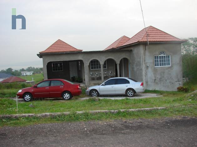 Jamaican Property House For Sale In Santa Cruz, St