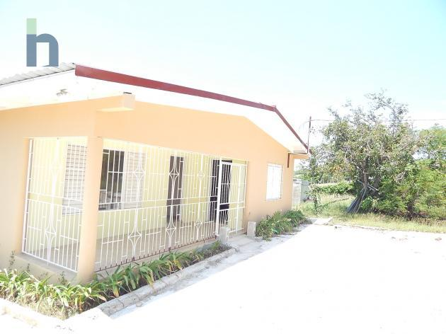 Photo #1 of 16 - Property For Sale at Sandy Bank, Treasure Beach, St. Elizabeth, Jamaica. House with 3 bedrooms and 2 bathrooms at JMD $32,800,000. #397.