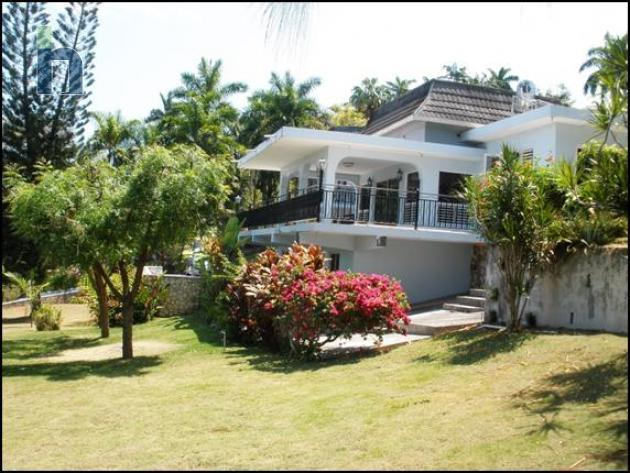 Jamaican Property House For Sale In Montego Bay St James